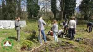 """jardin lors de notre atelier """"semis"""" pour la semaine étudiante du développement durable l'année dernière."""